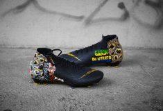Image de l'article Pierre-Emerick Aubameyang reçoit des chaussures spéciales