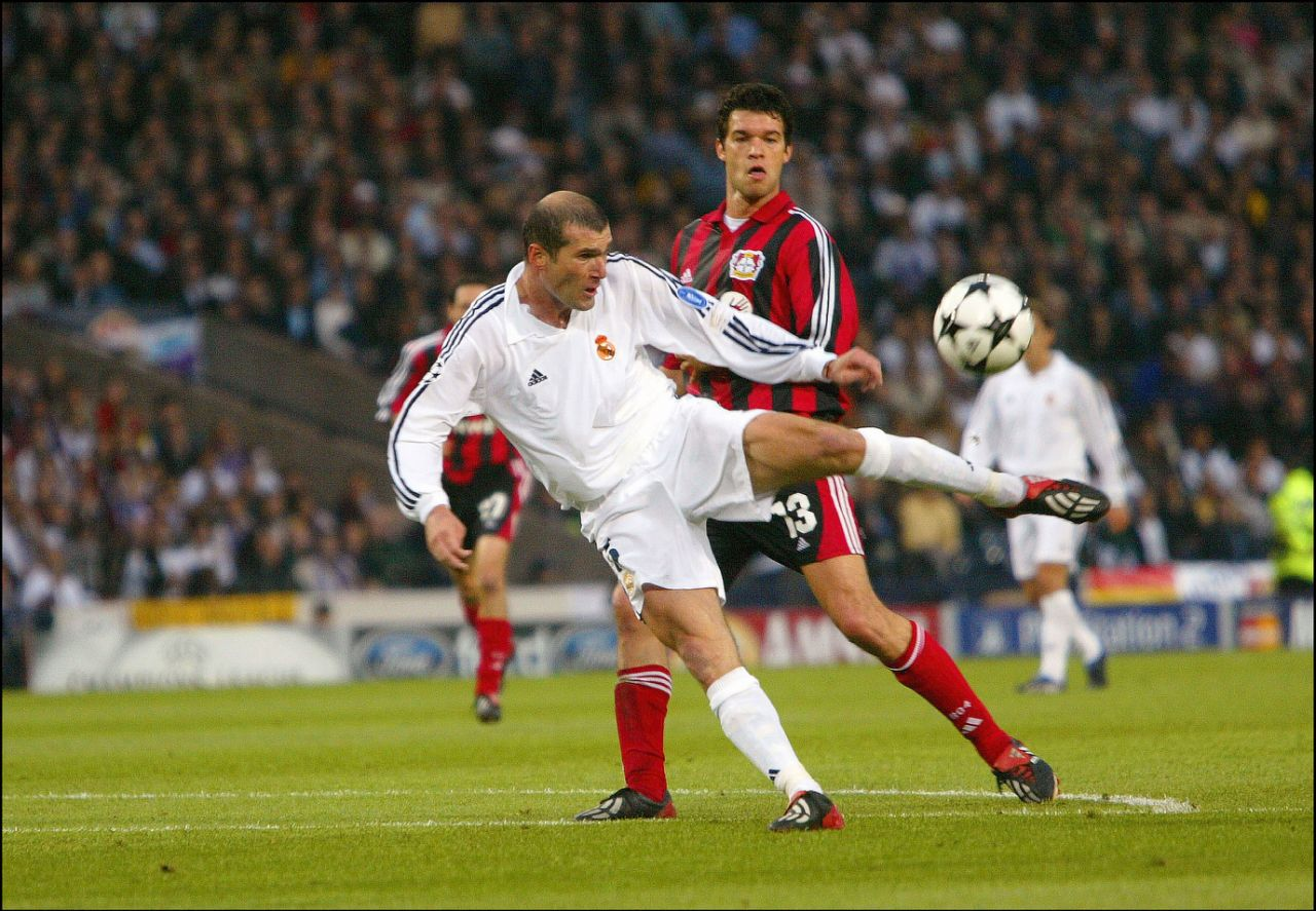 finale-ligue-des-champions-real-madrid-2002-zidane