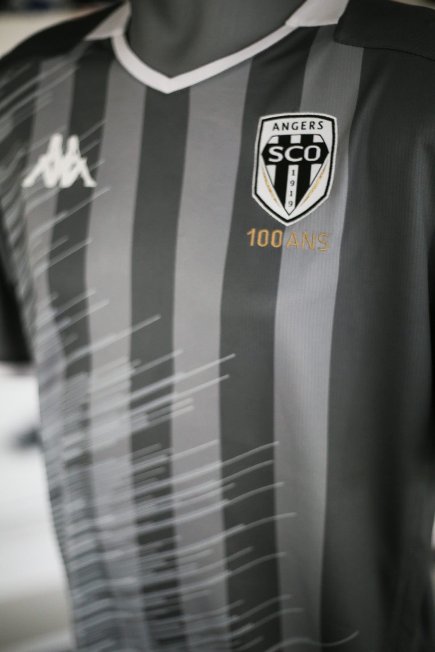 maillot-exterieur-angers-sco-2019-2020-kappa-1