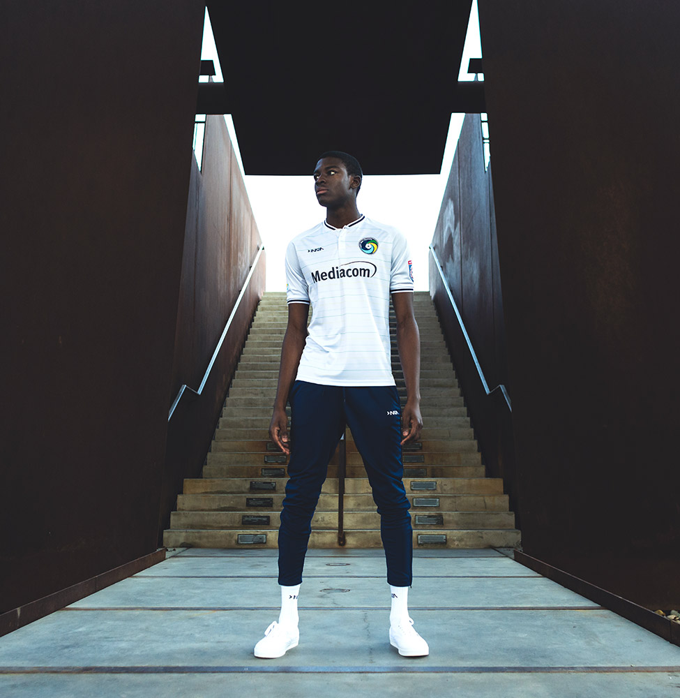 maillots-new-york-cosmos-2019-2020-1