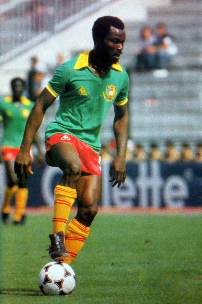 roger-milla-cameroun-maillot-le-coq-sportif-1984