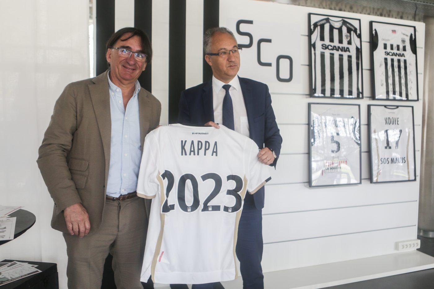 signature-prolongation-contrat-angers-sco-kappa-equipementier13