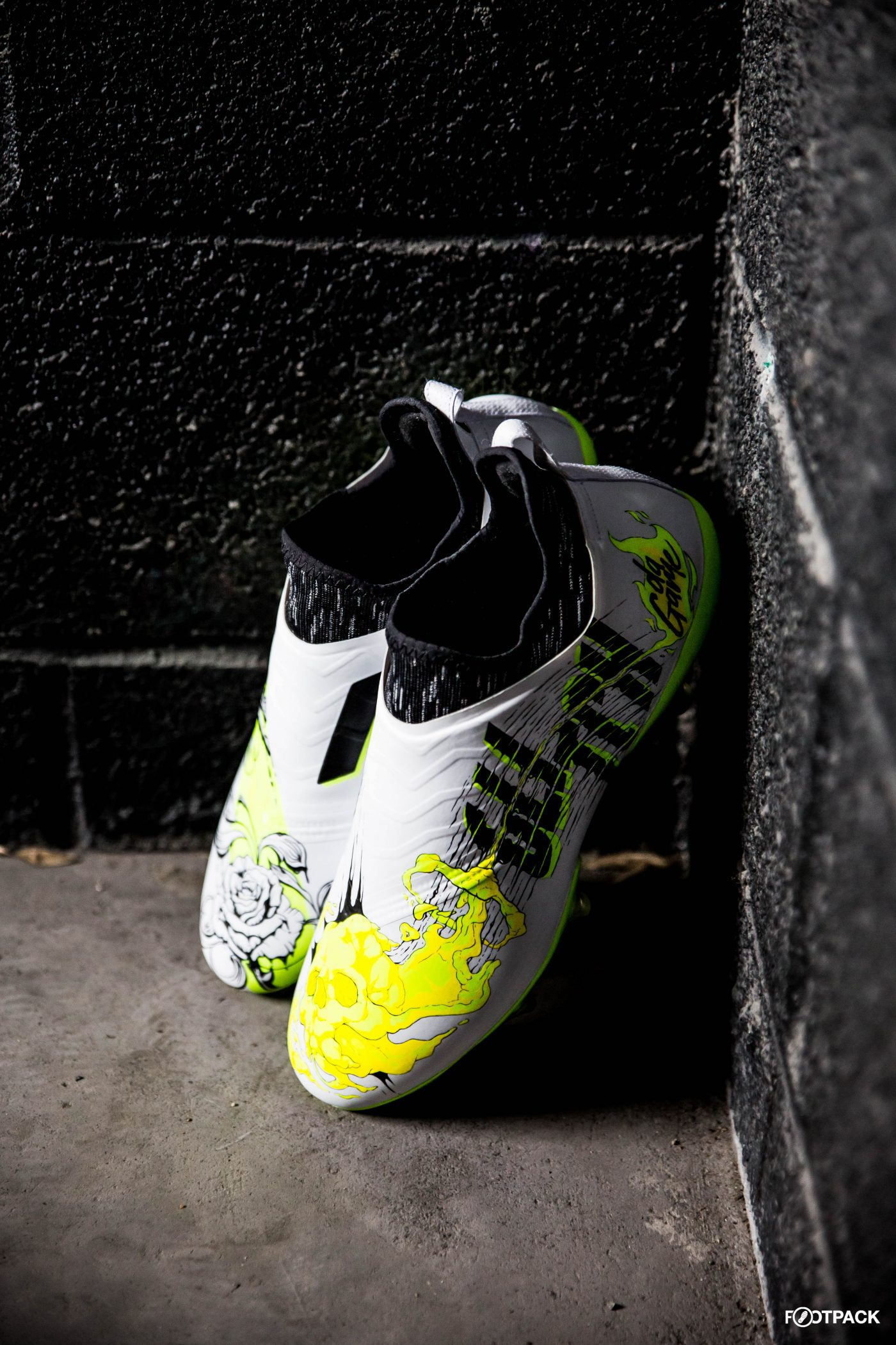 skin-glitch-footpack-adidas-co-creation-10