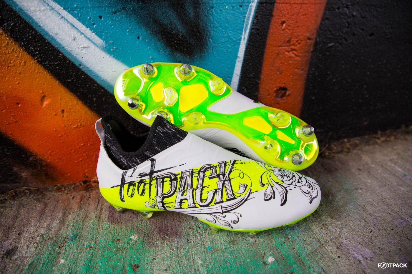 skin-glitch-footpack-adidas-co-creation-21