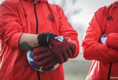 Image de l'article Quel avenir pour les gants de gardien ?