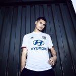 L'Olympique Lyonnais présente ses maillots 2019-2020 avec adidas