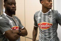 Image de l'article Pourquoi le SCO Angers ne porte plus son maillot extérieur ?