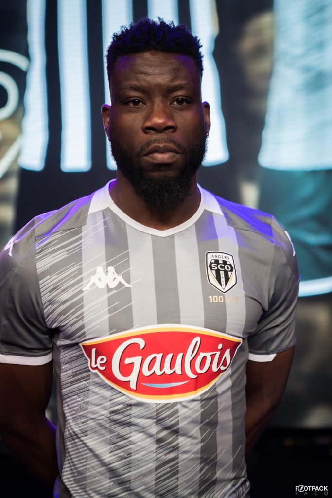 maillot-exterieur-angers-sco-2019-2020-kappa