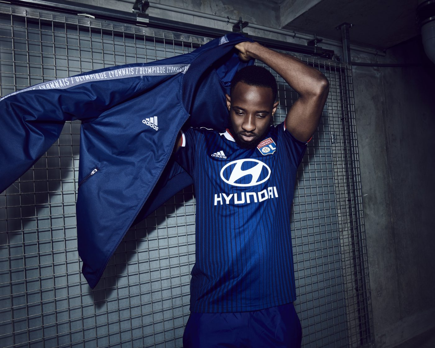maillot-exterieur-olympique-lyonnais-ol-lyon-2019-2020-adidas-9