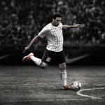 Le magnifique maillot des Corinthians en hommage à Ronaldo ruiné par les sponsors