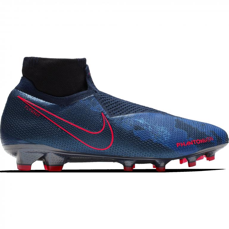 "Nike Phantom Vision ""Fully charged"""