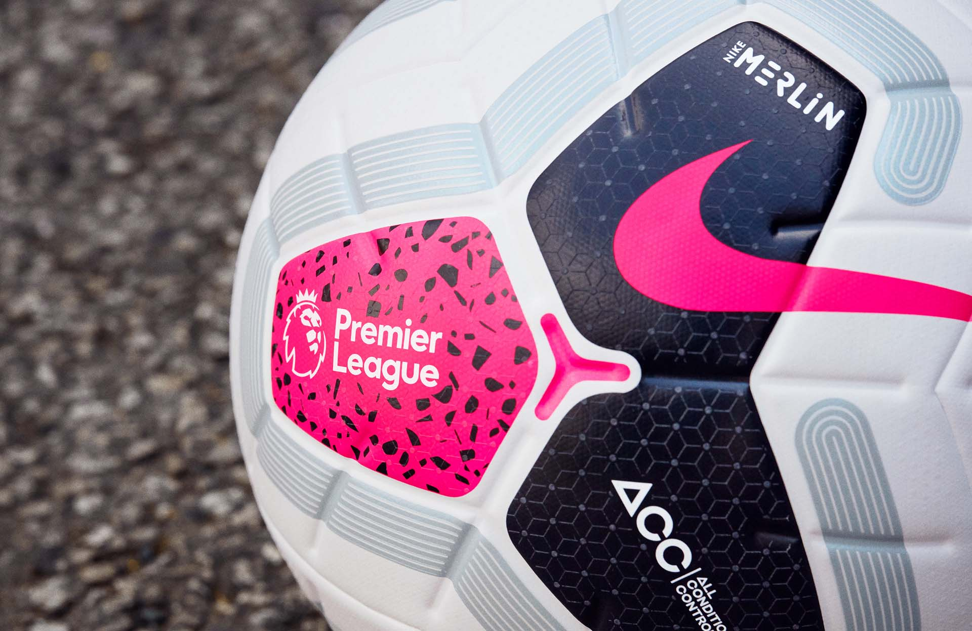 38255f4e155ec Nike présente le ballon officiel de la Premier League 2019-2020