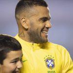 Dani Alves s'affiche avec une Nike Mercurial Superfly personnalisée