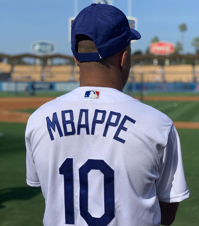 kylian-mbappe-nike-baseball-dodgers-1