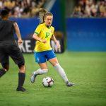 Pourquoi l'équipe du Brésil a joué avec le logo aux 5 étoiles face à la France ?