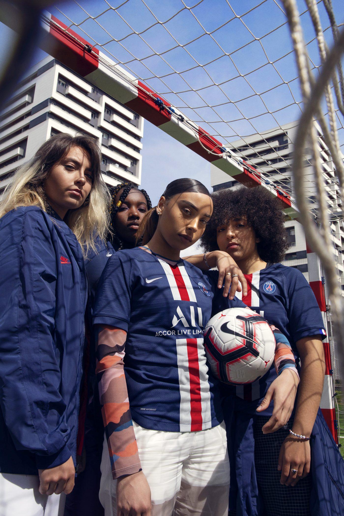 maillot-domicile-paris-saint-germain-psg-2019-2020-nike-3