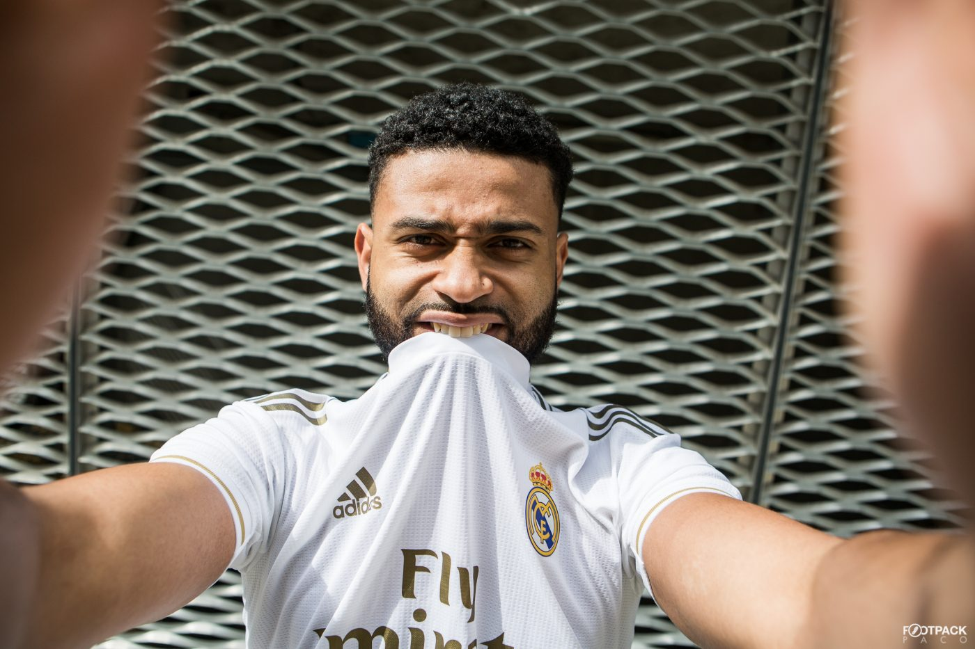 maillot-domicile-real-madrid-2019-2020-adidas-11
