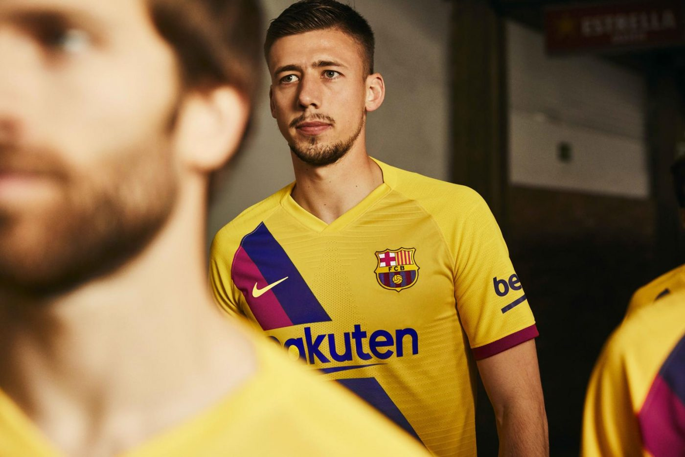 maillot-exterieur-fc-barcelone-2019-2020-nike-3
