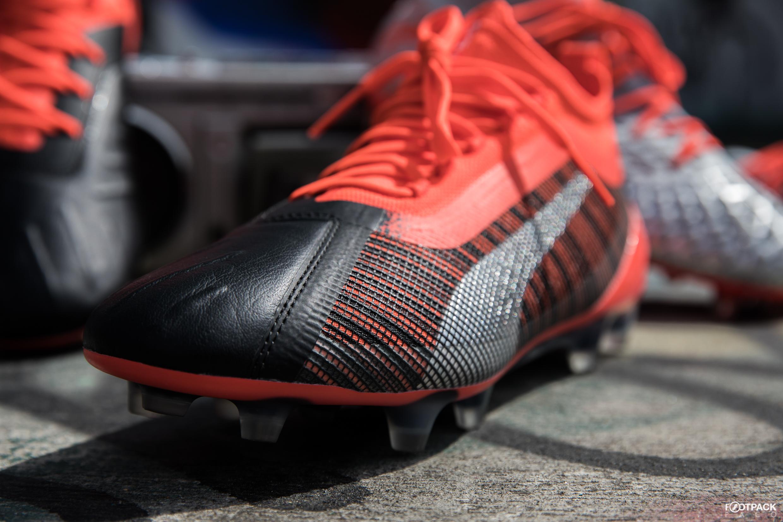 original à chaud sélectionner pour officiel meilleur fournisseur Guide Footpack.fr : les chaussures de football pour un défenseur