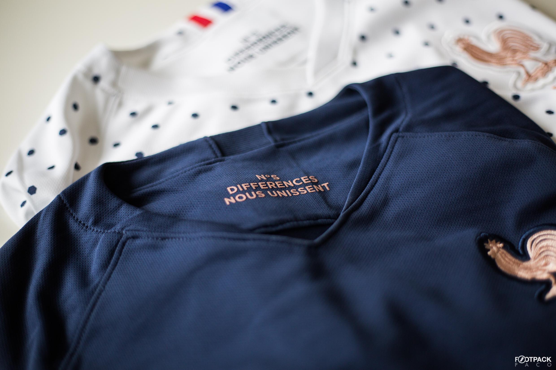 La Marque Chanel Présente Sur Les Maillots De Léquipe De