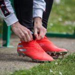 Guide Footpack : Comment bien «casser» ses chaussures de foot neuves pour les rendre plus souples