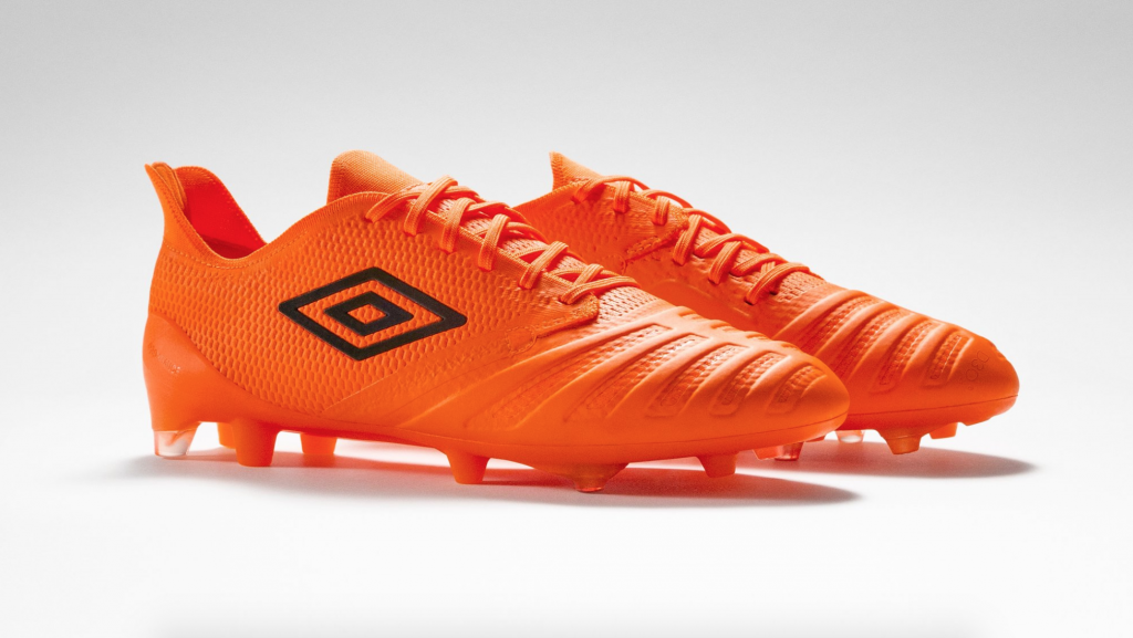umbro-ux-accuro-3-a