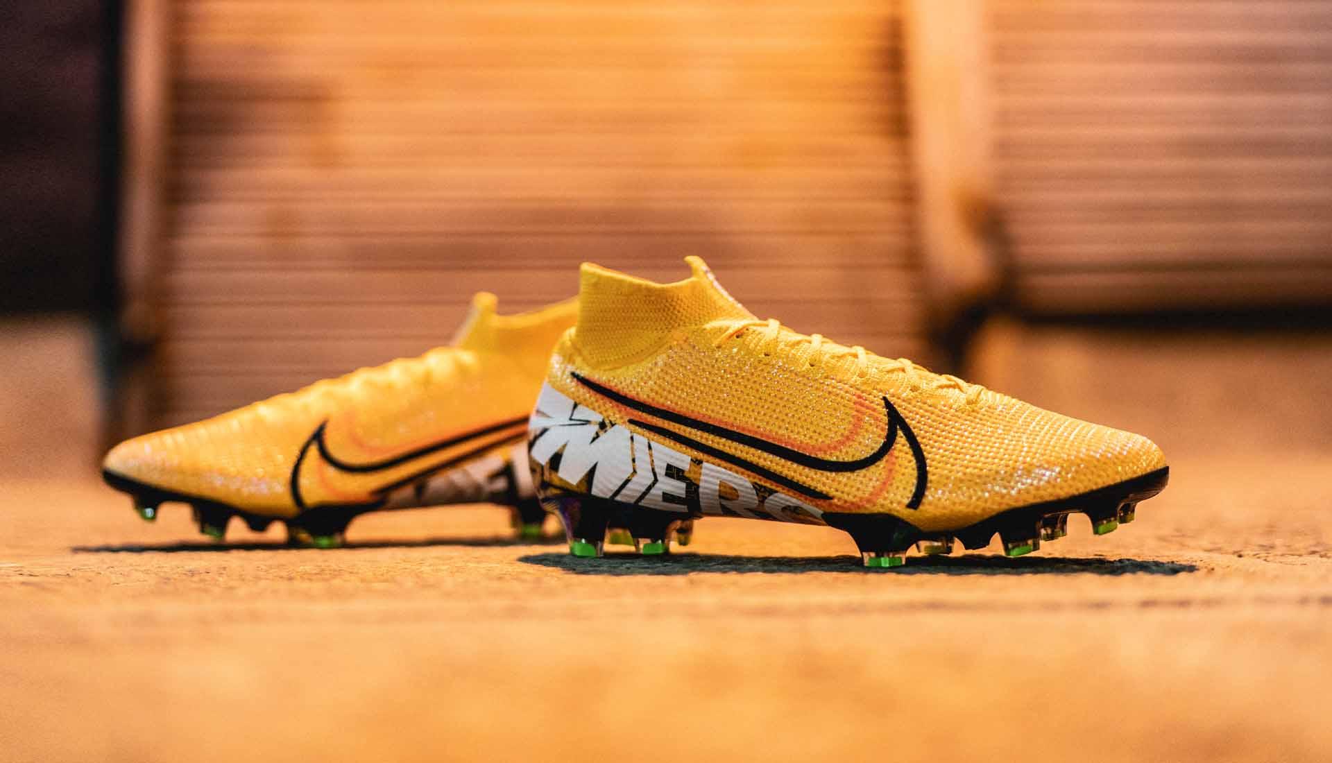 bas prix f76cc 561b8 Nike dévoile une Nike Mercurial en édition limitée à 2019 ...