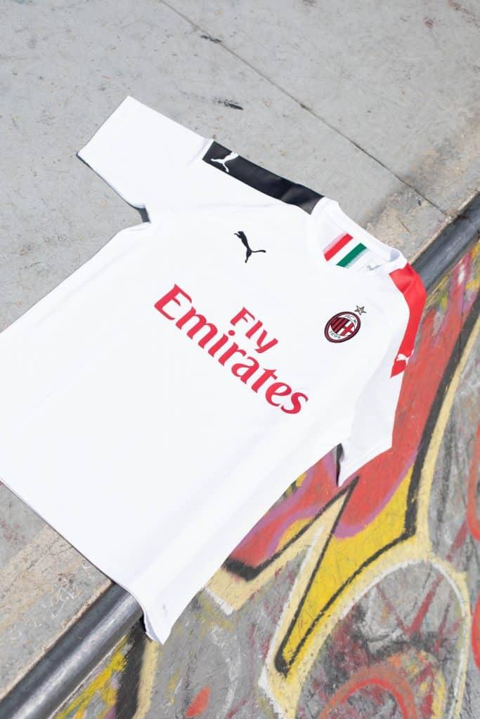 maillot-exterieur-milan-ac-2019-2020-puma-4