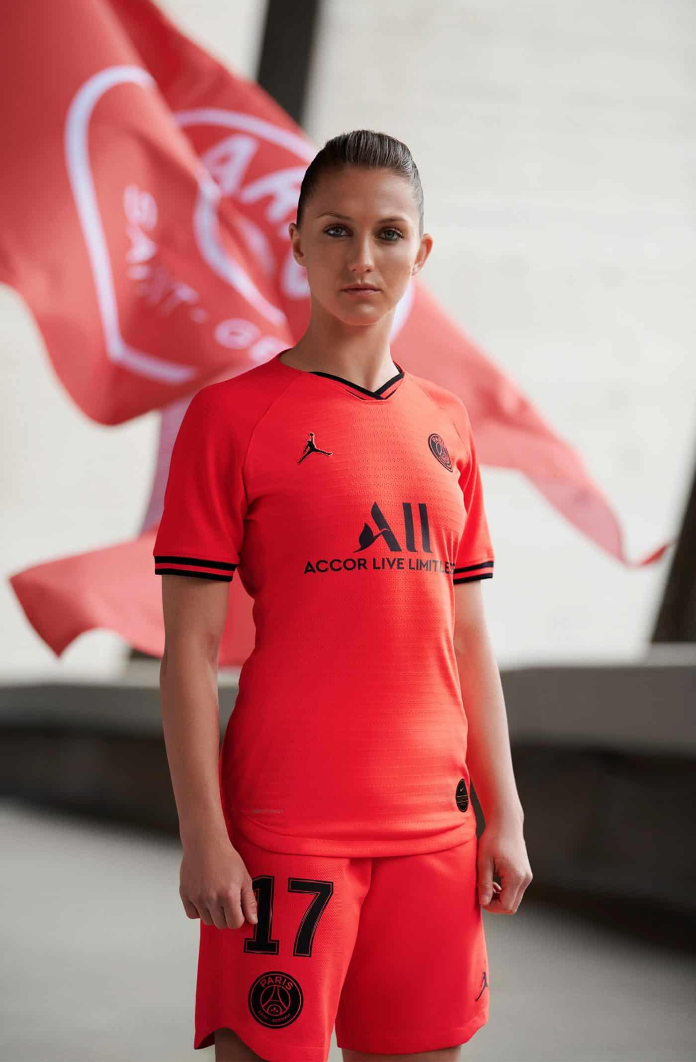 maillot-exterieur-paris-saint-germain-psg-2019-2020-jordan-4