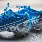 La technologie anti-clog s'adapte a la semelle de la Nike Mercurial