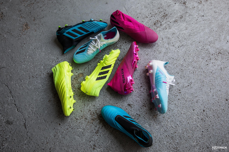 Les de types de par équipes modèles football chaussures OXTPikZu