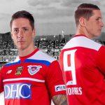 Deux maillots spéciaux pour le dernier match de la carrière de Fernando Torres
