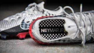 Image de l'article Les chaussures de foot de … Neymar