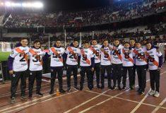Image de l'article Les joueurs de River Plate offrent leurs maillots aux ramasseurs de balles