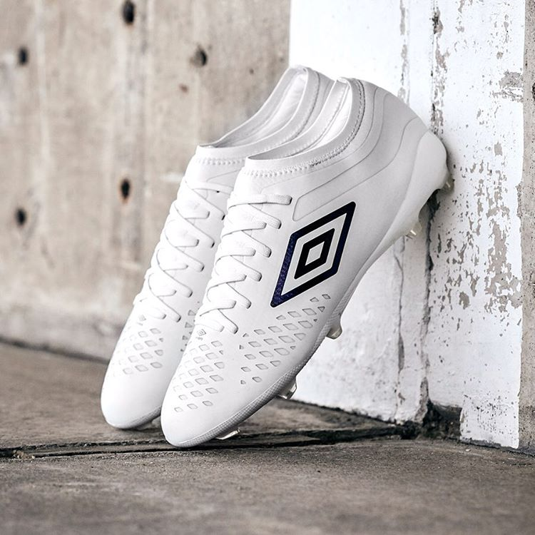 umbro-white-pack-veolcita-4-aout-2019