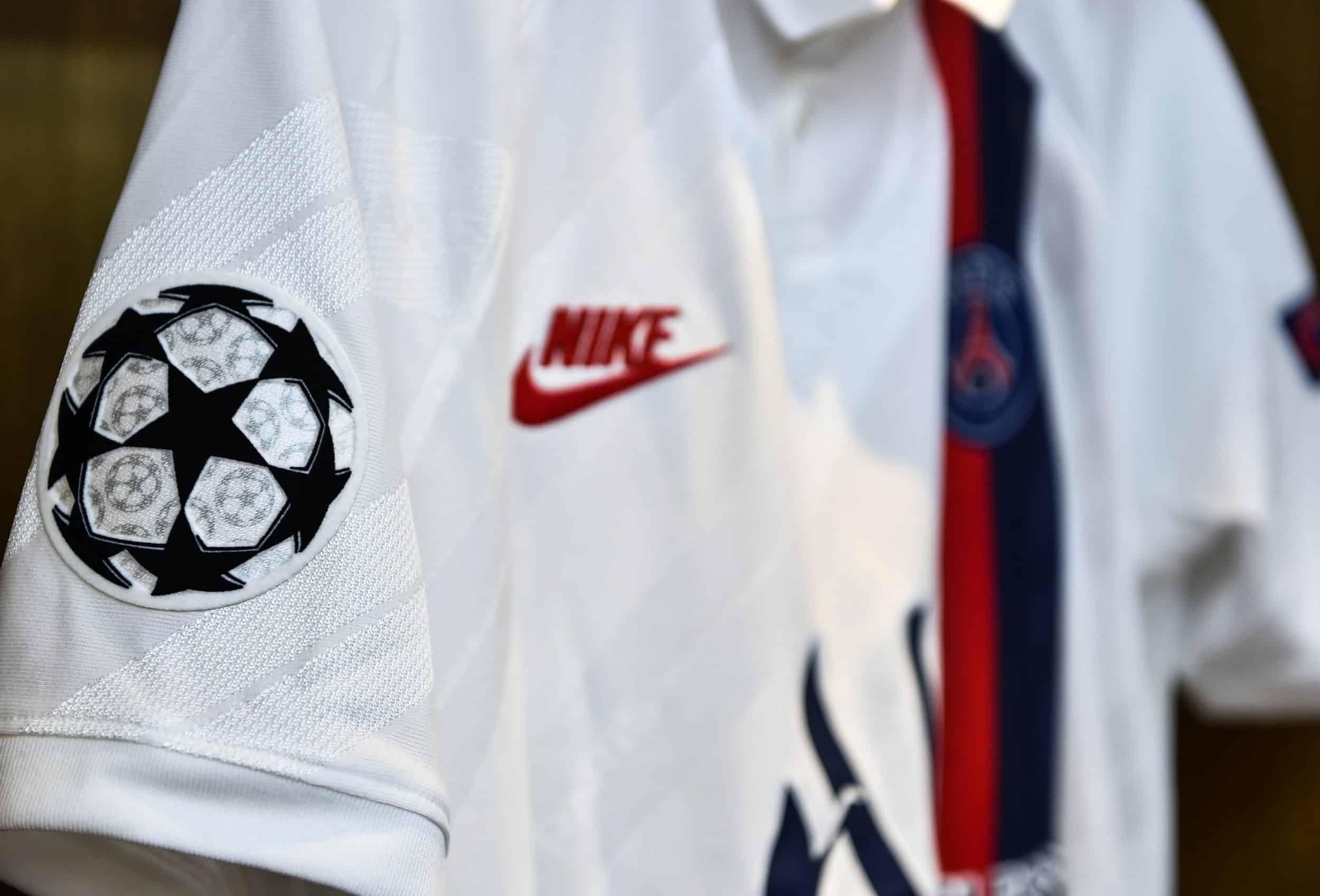 Encore un sponsor différent sur le maillot du PSG !