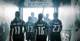 Image de l'article Nike et les Corinthians dévoilent un maillot third 19/20 étonnant