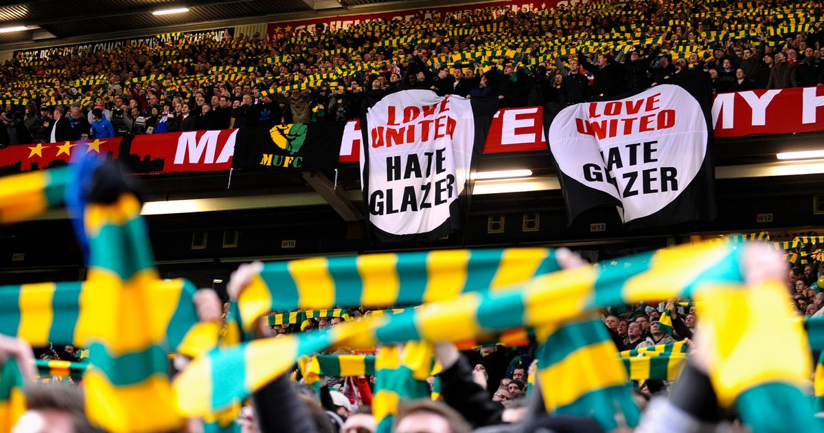 manchester-united-supporters-jaune-vert-footpack-2019