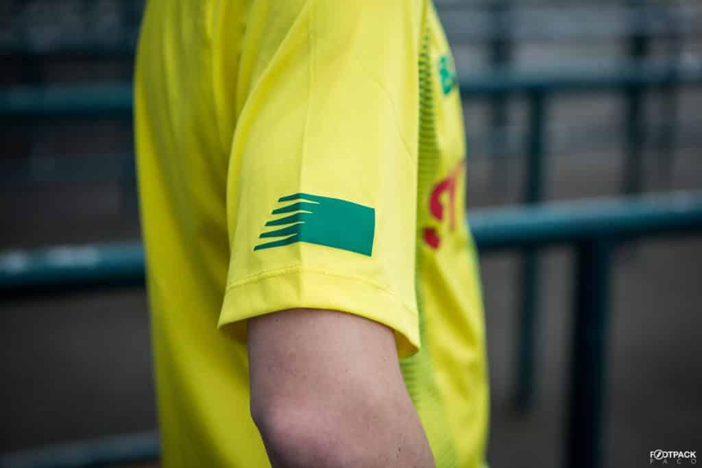 new-balance-maillot-fc-nantes-2019-2020