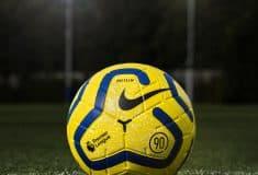 Image de l'article Nike lance la version hivernale du ballon de la Premier League inspirée du légendaire Total 90 des années 2000