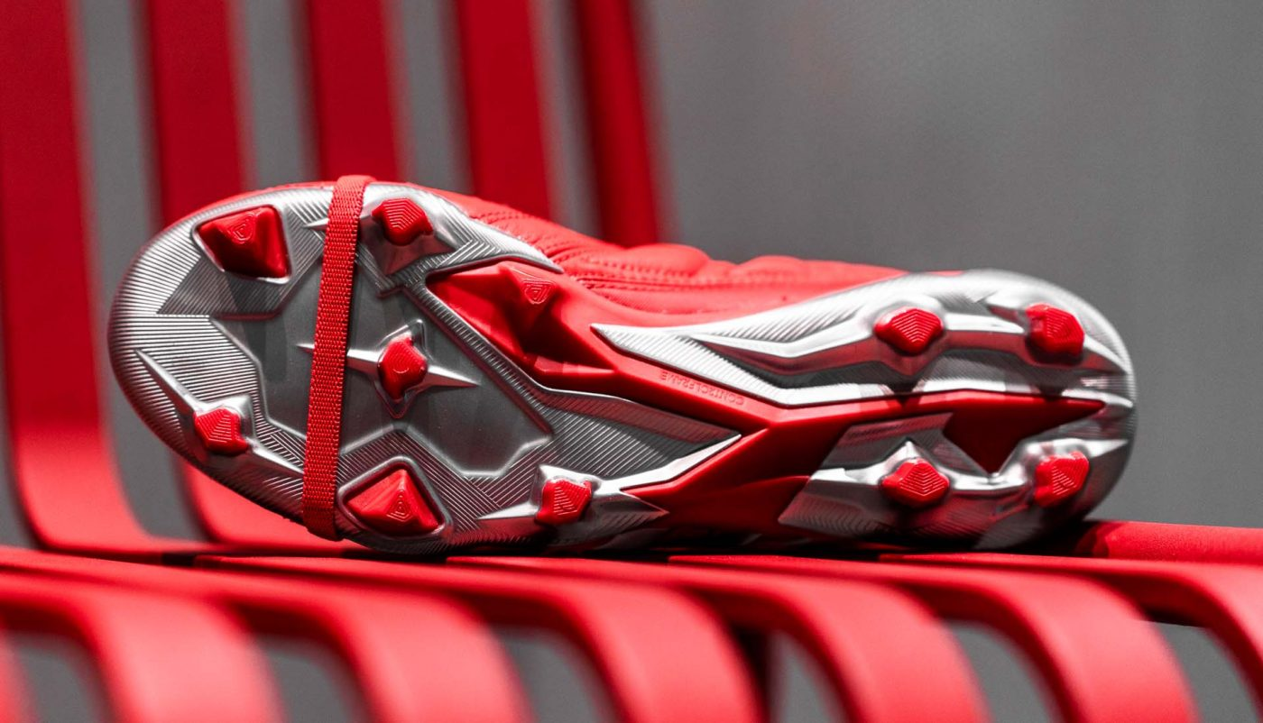 chaussures-foot-adidas-predator-mania-rouge-footpack-9