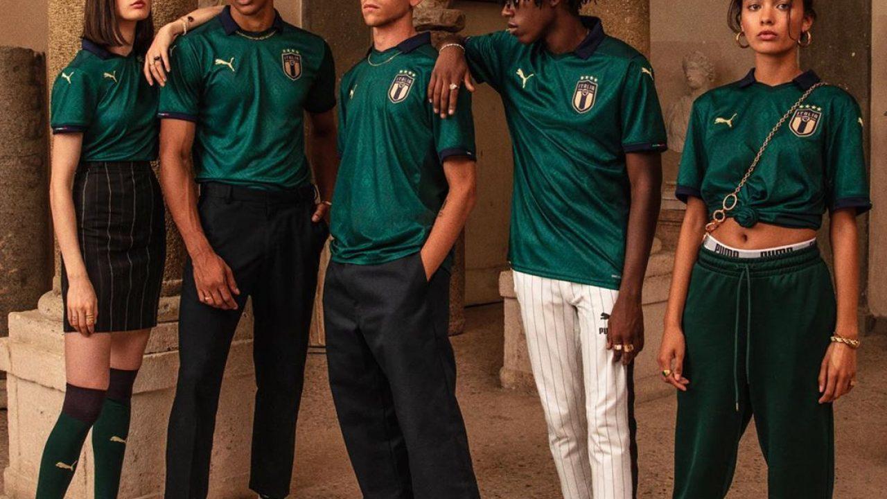 https://www.footpack.fr/wp-content/uploads/2019/10/maillot-italie-renaissance-2019-puma-2-1280x720.jpg