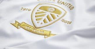 Image de l'article Kappa dévoile un maillot spécial pour les 100 ans de Leeds United