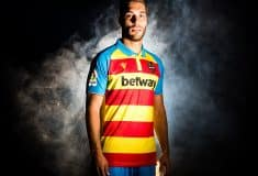 Image de l'article Le drapeau traditionnel valencien s'invite sur les maillots de Levante