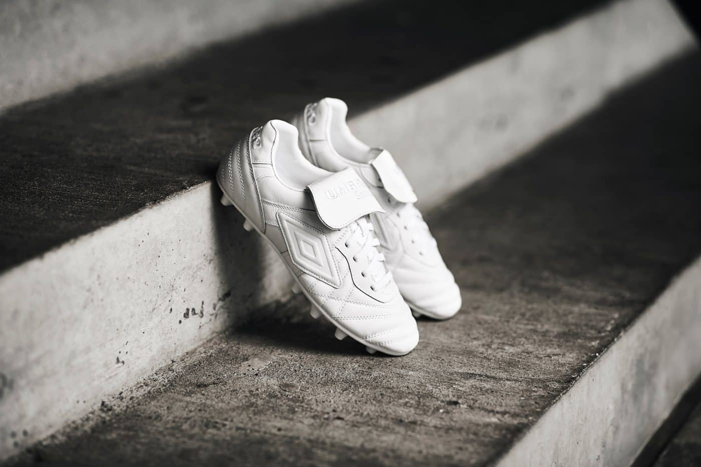 umbro-speciali-98-pro-blanc-4