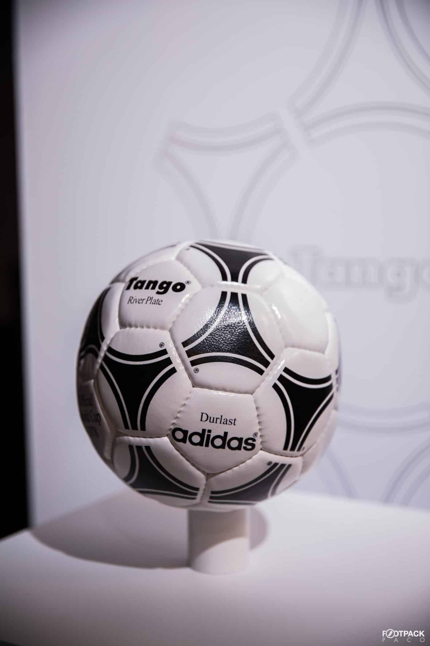 ballon-football-adidas-euro-1980-footpack-2019-2