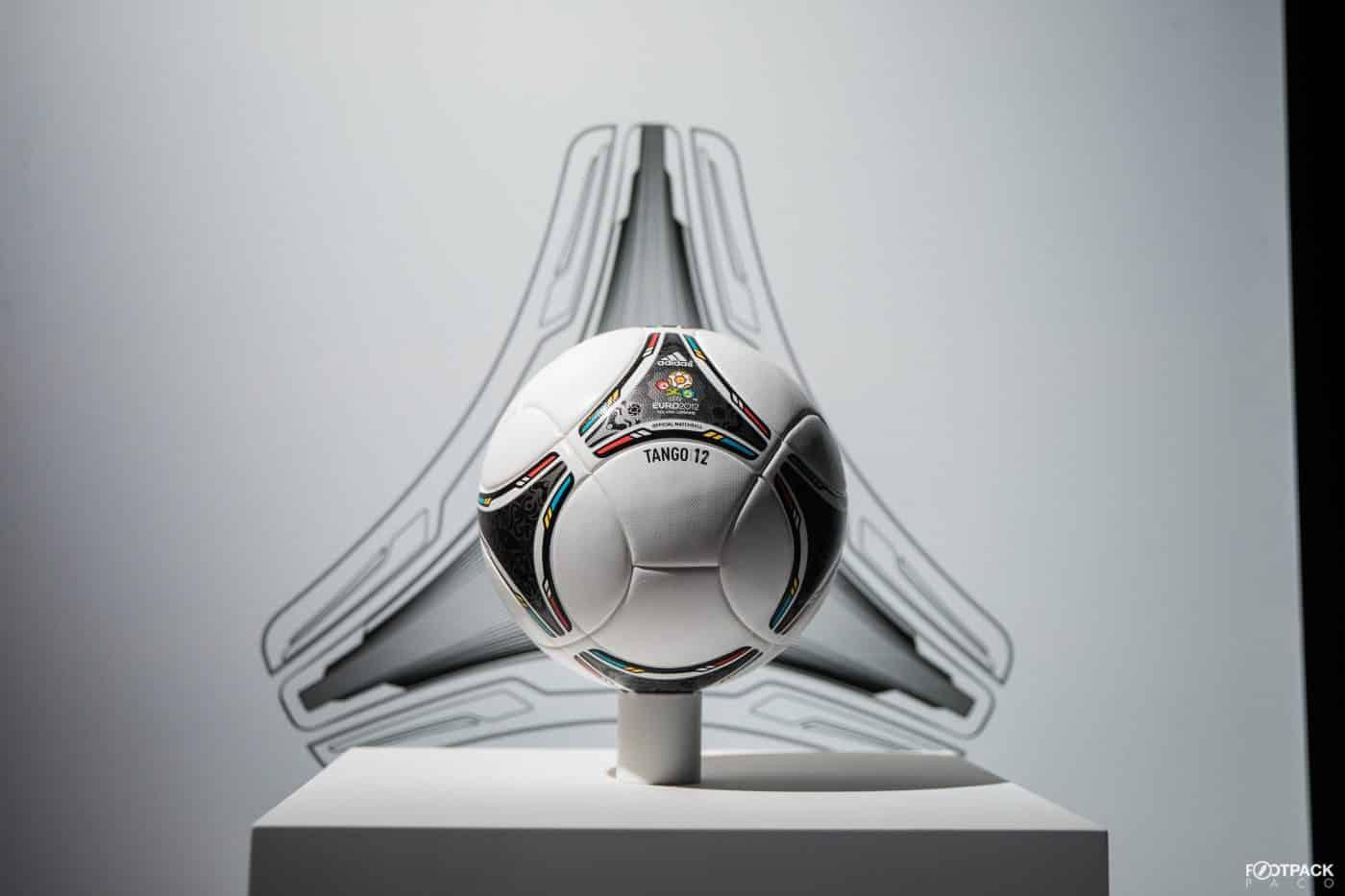ballon-football-adidas-euro-2012-footpack-2019-2