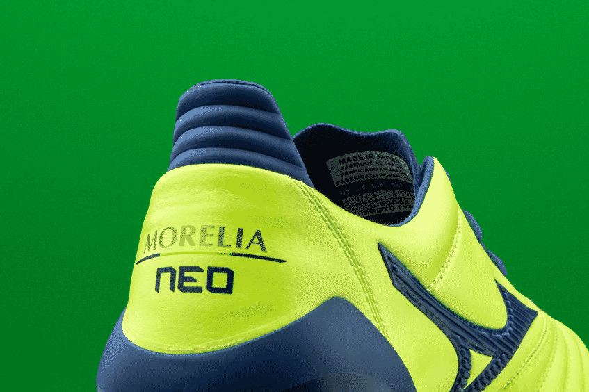 chaussures-foot-mizuno-morelia-neao-2-jaune-bleue-brazilian-spirit-footpack-2019-5