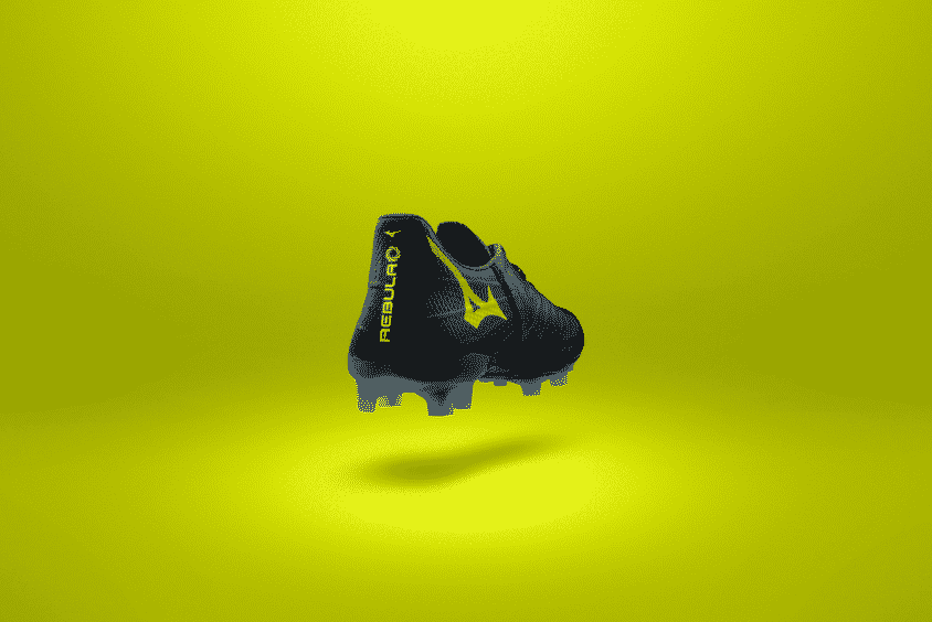 chaussures-foot-mizuno-rebula-3-noire-jaune-brazilian-spirit-footpack-2019-2