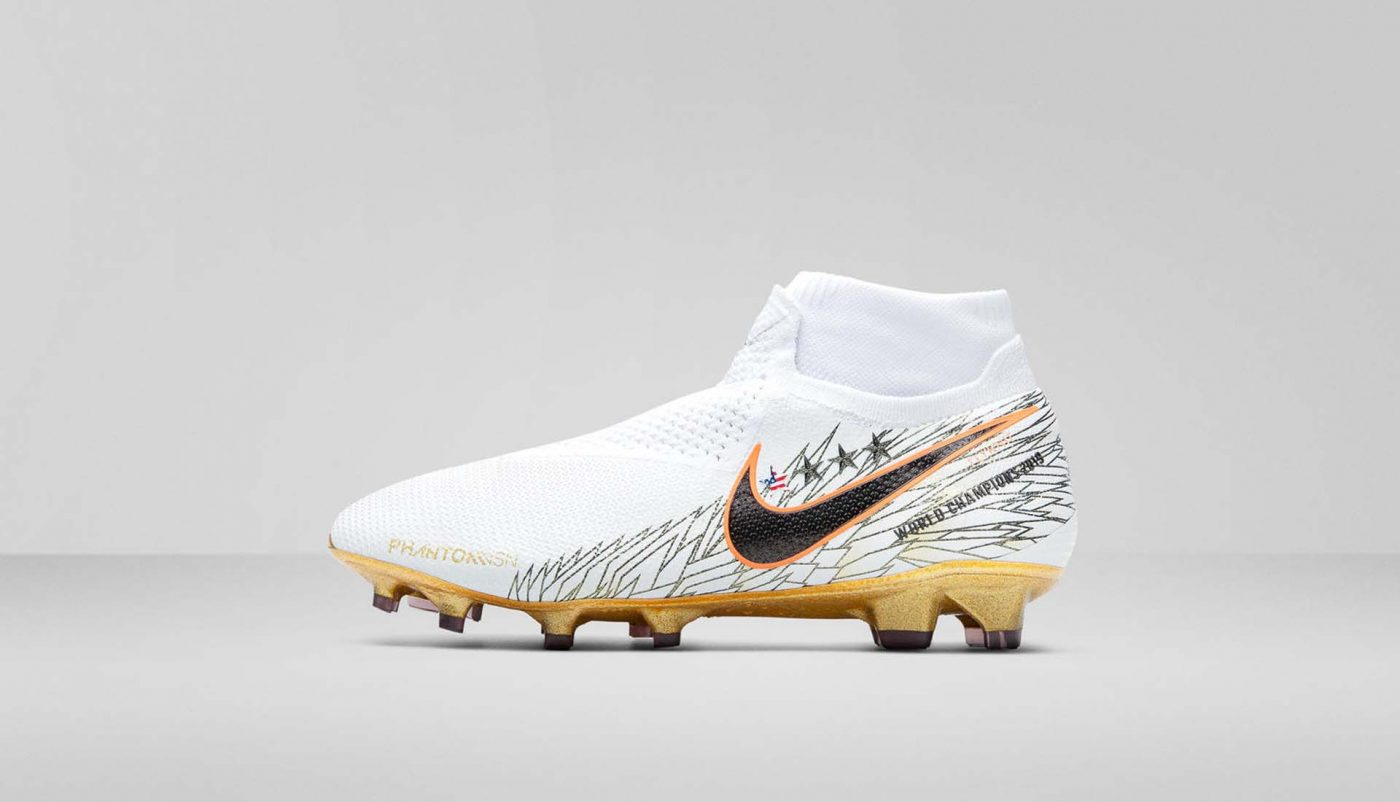 chaussures-foot-nike-victory-pack-usa-feminine-coupe-du-monde-footpack-2019-4